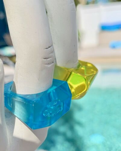 Vintage Ring Lucite Turquoise 9 or Yellow 7 1960s NOS