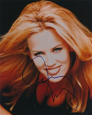 Jenny Mccarthy Signed 8X10 Color Photo