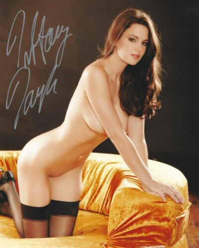 TIFFANY TAYLOR 11/1998 PLAYBOY PLAYMATE SEXY SIGNED PHOTO  (IN74)