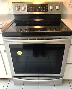 """Samsung 30"""" 5.9 cu.ft. Stainless Range with dual convection oven"""