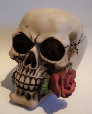 Gothik Hochzeit Tischdeko Schädel mit Rosen Skulls TD0087 (1)