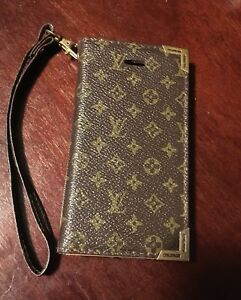 Louis Vuitton iPhone 4s case