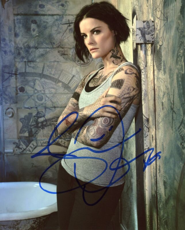 "Jaimie Alexander ""Blindspot"" AUTOGRAPH Signed 8x10 Photo G ACOA"