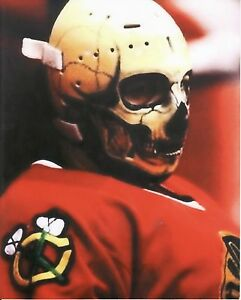 WARREN-SKORODENSKI-BLACKHAWKS-VINTAGE-GOALIE-SKULL-MASK-HOCKEY-8X10-PHOTO