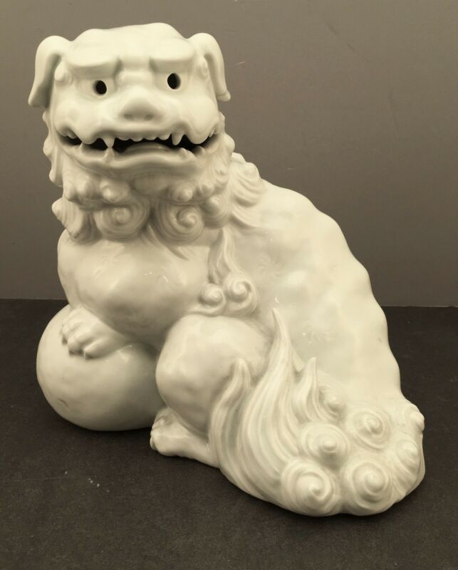 Large Japanese Taisho Porcelain Okimono - Foo-Dog w/ Ball