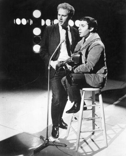 Simon & Garfunkel -  MUSIC PHOTO #21