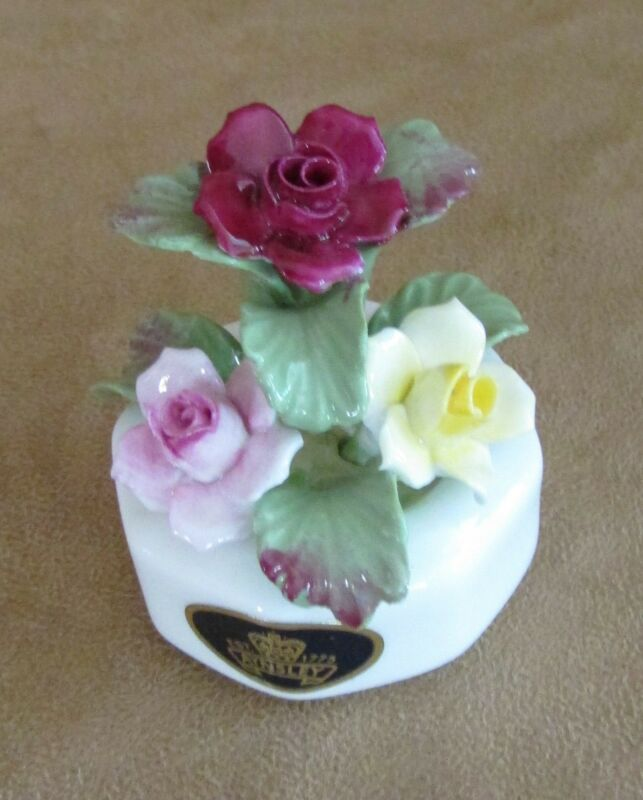 "Aynsley flower Bouquet roses porcelain 3"" small floral arrangement China vintage"