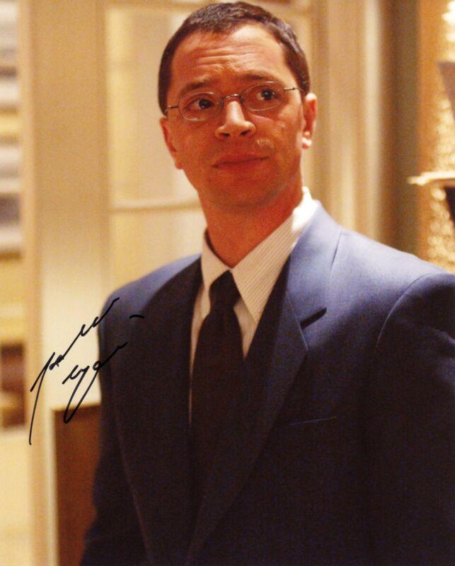 """Joshua Malina """"The West Wing"""" AUTOGRAPH Signed 'Will Bailey' 8x10 Photo ACOA"""