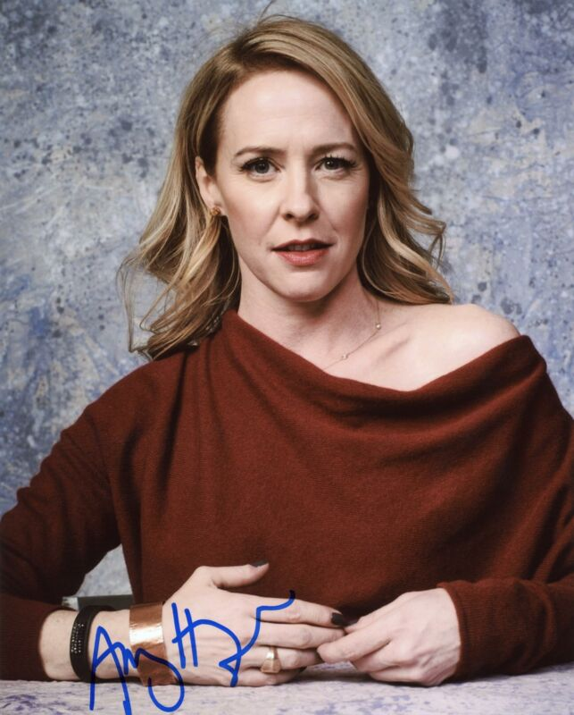 """Amy Hargreaves """"13 Reasons Why"""" AUTOGRAPH Signed 8x10 Photo ACOA"""