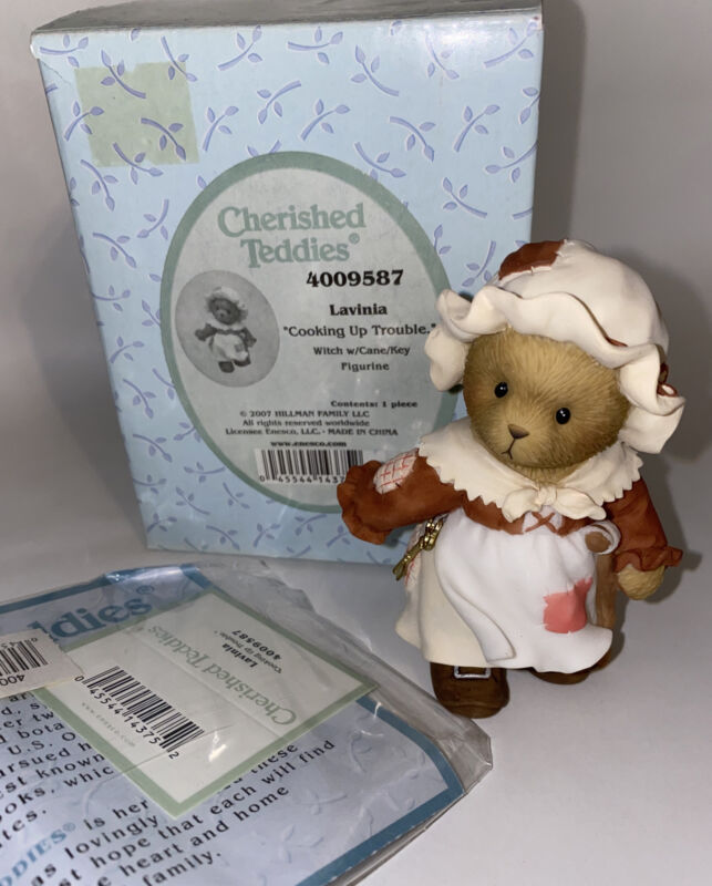 Cherished Teddies 4009587 Lavinia COOKING UP TROUBLE Witch With Cane NEW IN BOX