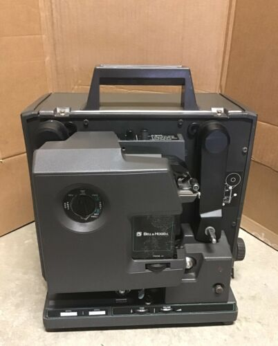 Bell & Howell 16mm Filmosound 2585 Film Projector Tested Works READ DESCRIPTION