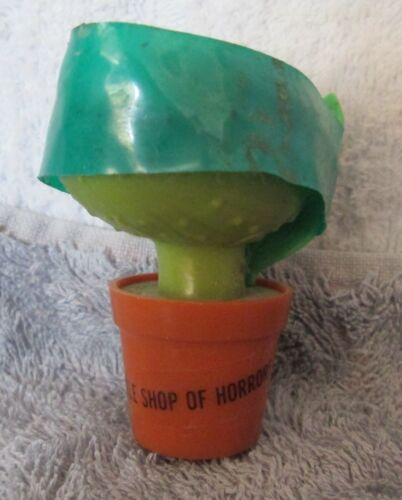 Vintage - AUDREY ll 1986 Topps LITTLE SHOP OF HORRORS Candy Container 2 BROWN
