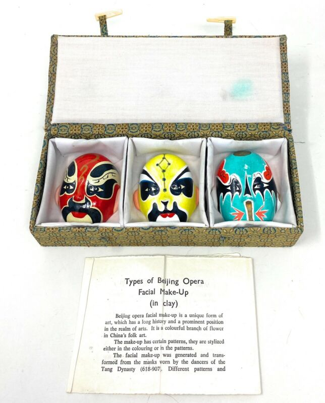 The Facial Types Of Bejing Chinese Opera Make Up Masks With Box And Paperwork