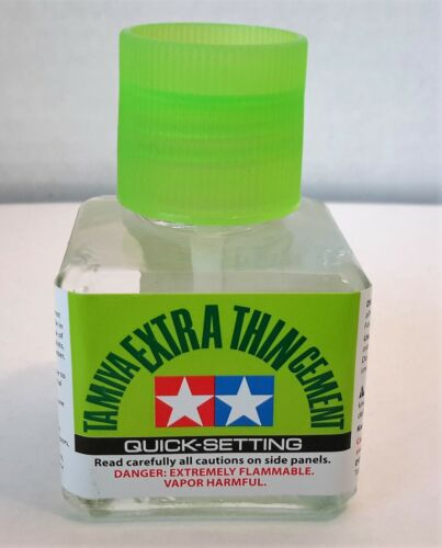 Tamiya 87182 Extra Thin QUICK SETTING Cement W/ Fine Brush 40ml Bottle