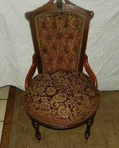 Solid-Walnut-Carved-John-Jelliff-Parlor-Chair-Side-Chair-SC171