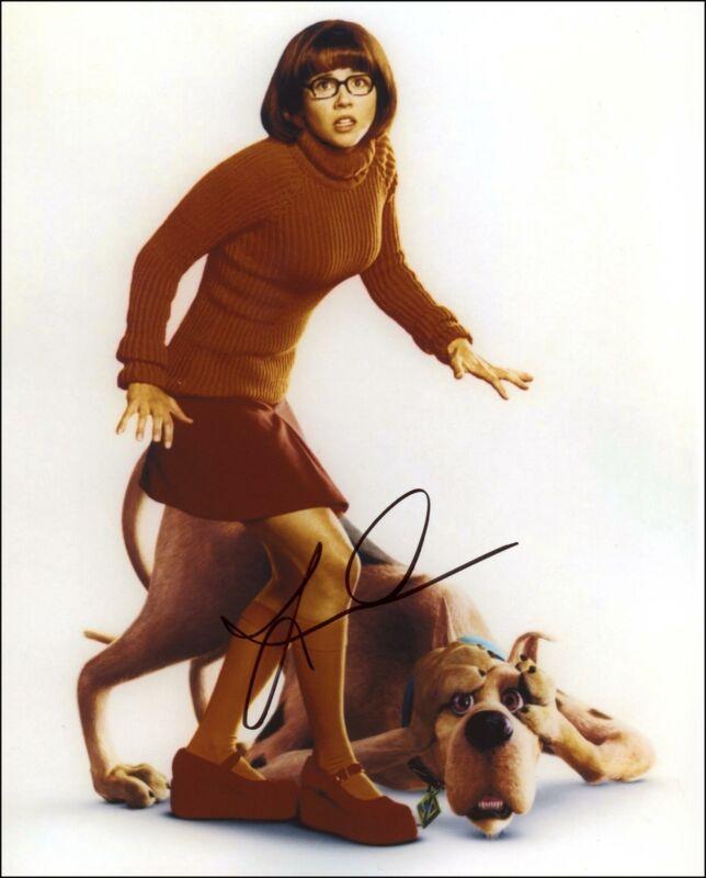 "Linda Cardellini ""Scooby-Doo"" AUTOGRAPH Signed 8x10 Photo"