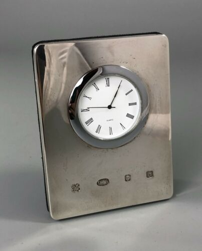 Contemporary Silver Desk Clock Kitney & Co London 2003 A70017