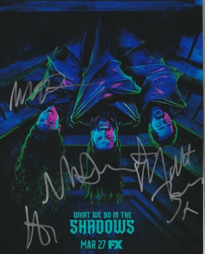 * WHAT WE DO IN THE SHADOWS * signed 8x10 photo * NOVAK, BERRY +2 * 1