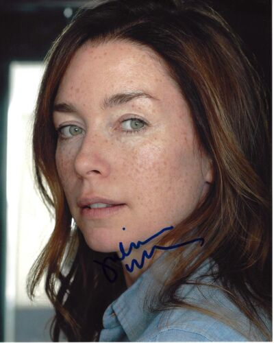 ACTRESS JULIANNE NICHOLSON SIGNED LAW & ORDER CRIMINAL INTENT 8x10 PHOTO 1 W/COA