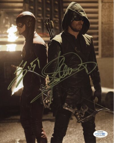 Grant Gustin Stephen Amell Arrow Autographed Signed 8x10 Photo ACOA 2020-4