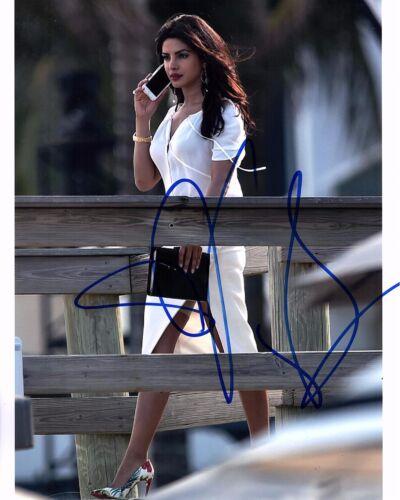PRIYANKA CHOPRA SIGNED BAYWATCH 8X10 PHOTO! BOLLYWOOD SEXY MISS WORLD AUTOGRAPH