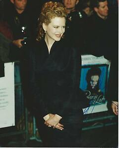 Nicole Kidman Image A Signed 10x8 Photo UACC Registered dealer RARE