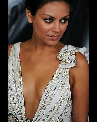 Mila Kunis 8X10 Photo Pic Picture Sexy Hot Candid 81
