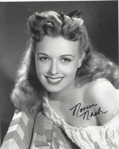 ACTRESS NOREEN NASH SIGNED AUTHENTIC PHANTOM FROM SPACE 8X10 PHOTO E w/COA GIANT