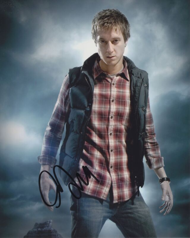 ARTHUR DARVILL SIGNED DOCTOR WHO 8X10 PHOTO