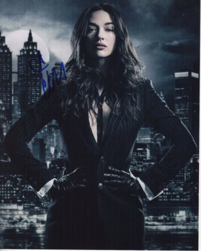 CRYSTAL REED SIGNED GOTHAM 8X10 PHOTO! SOFIA FALCONE AUTOGRAPH! TEEN WOLF!