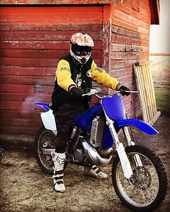 Looking to trade me yz250