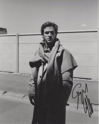 ACTOR GASPARD ULLIEL SIGNED 8X10 PHOTO C W/COA IT'S ONLY THE END OF THE WORLD