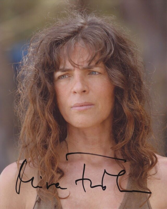MIRA FURLAN SIGNED LOST 8X10 PHOTO