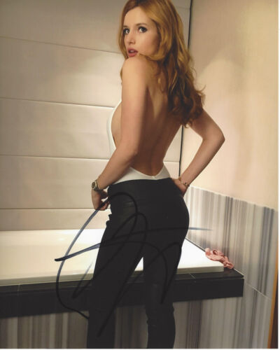 BELLA THORNE SIGNED AUTHENTIC 8X10 PHOTO C w/COA SEXY ACTRESS THE BABYSITTER
