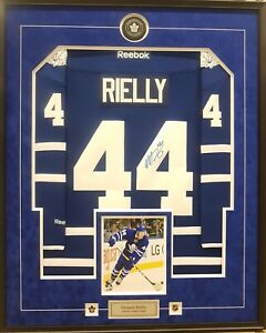 2c5fae3d6 Toronto maple leafs morgan rielly signed