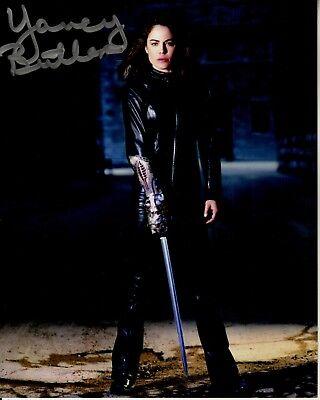 YANCY BUTLER hand-signed WITCHBLADE 8x10 uacc rd coa STUNNING CLOSEUP W/ SWORD