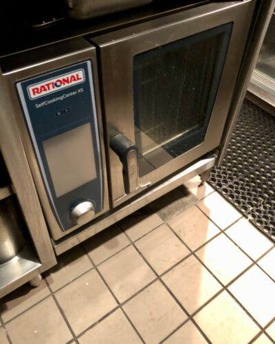 Rational SCC XS 6-2/3 half size electric Combi oven