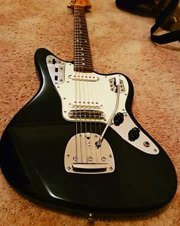 Fender Jaguar CIJ Black 02/04