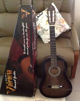 Desde Valencia Classical Guitar 1972 with DVD Ludmilla Darwin City Preview