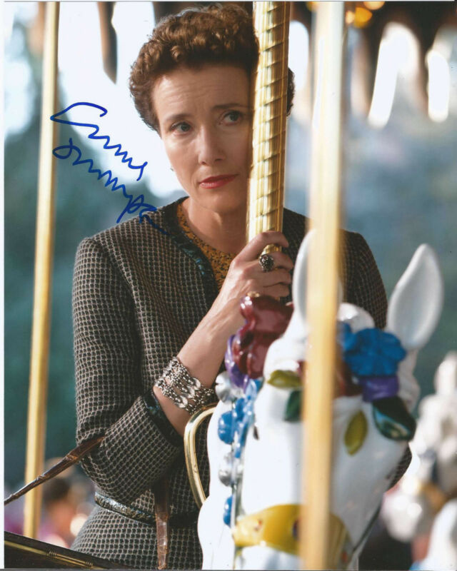 EMMA THOMPSON SIGNED 'SAVING MR. BANKS' P.L. TRAVERS 8X10 PHOTO w/COA DISNEY