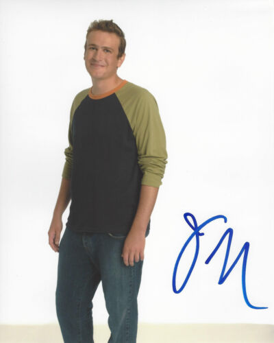 JASON SEGAL HAND SIGNED AUTHENTIC 'HOW I MET YOUR MOTHER' 8X10 PHOTO COA ACTOR