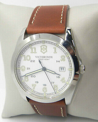 VICTORINOX SWISS ARMY INFANTRY LEATHER STRAP MEN'S WATCH  241564 $395.00