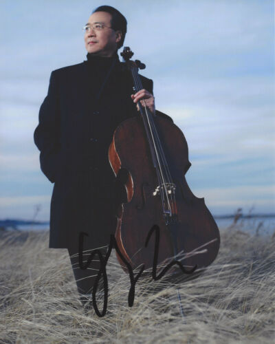 YO-YO MA SIGNED AUTHENTIC 8X10 PHOTO D w/COA AMERICAN CELLIST COMPOSER