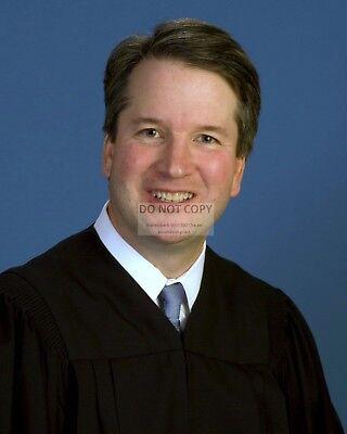 BRETT KAVANAUGH, CIRCUIT JUDGE OF THE U.S. COURT OF APPEALS - 8X10 PHOTO (RT231)