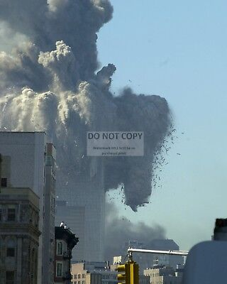(NORTH TOWER OF WORLD TRADE CENTER COLLAPSES SEPT 11 2001 - 8X10 PHOTO (ZZ-858))