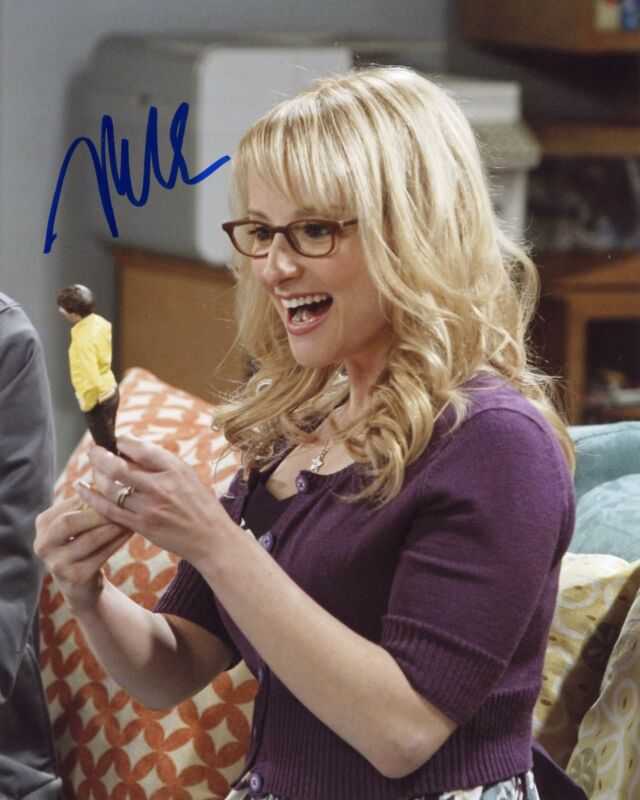 "Melissa Rauch ""The Big Bang Theory"" AUTOGRAPH Signed 8x10 Photo D"