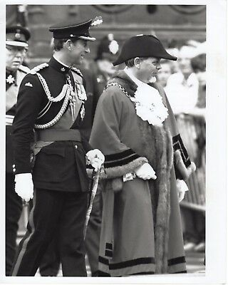 Original Press Photo Prince Charles Military Dress & Mayor in Chester 7.6.1989