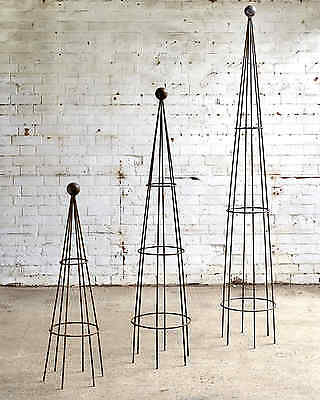 medium metal obelisk / garden art / garden