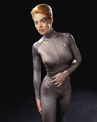 Jeri Ryan Unsigned 8X10 Photo  2  Star Trek Voyager