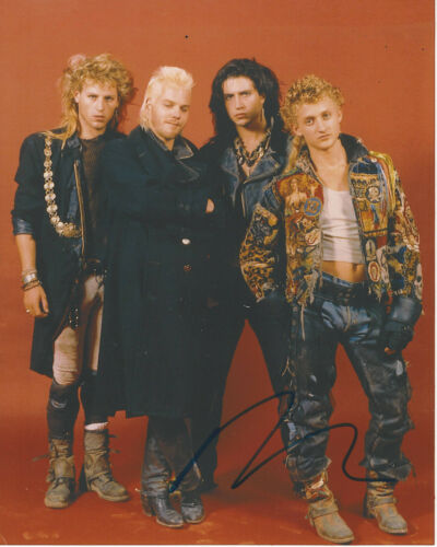 ALEX WINTER SIGNED AUTHENTIC 'THE LOST BOYS' 8x10 PHOTO 2 w/COA FREAKED ACTOR